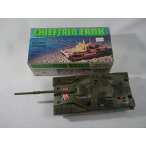 Antiguo Tanque Chieftain A Pila Decada 70. Lupetoys