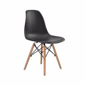 Cadeira Eiffel Dkr Design Plástico Várias Cores Base Madeira