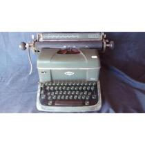 Máquina De Escrever Antiga Facit Halda