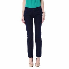 Jeans Forum Slim Evidencia Bumbum Tonalidade Escura Tam. 44