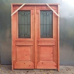 Puertas de madera antiguas affordable puertas de madera for Puerta de madera doble estilo antiguo