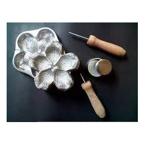 Frisador Em Alumínio Fundido - Rosa Conjugada G