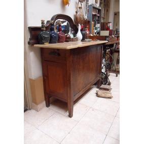 Antiguo Mueble En Roble Y Pino Brasil Con Cajon Y Baulera