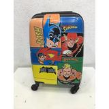 Mochila Mala Infantil Superman E Batman Rodas 360ª Mf10087