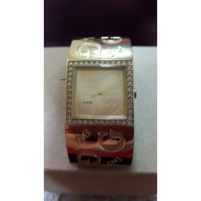 Reloj Guess Nuevo Dorado Tipo Brazalete