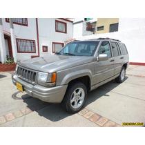 Jeep Grand Cherokee Limited At 5900cc V8