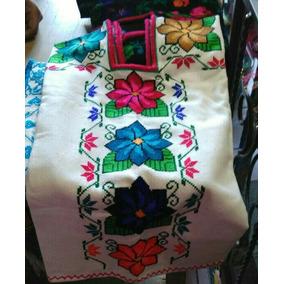 Huanengo Michoacano, Blusas Artesanales Típicas