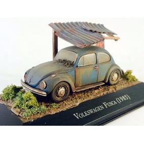 Diorama Vw Fusca 1985 Customizado/envelhecido Azul 1:43 Ixo