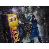 Figura Marvel Select Diamond Hawkeye Ojo De Halcon Avengers