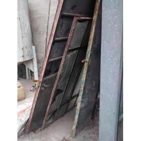 Ventana Puerta De Hierro Porton De Madera Y Chapa Demolicion