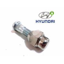 Cj. Parafuso+porca Roda Hyundai I30 (dianteiro),.(1 De Cada)