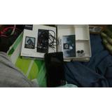 Sony Z1 Peso169gramosDimensiones144,4 X 73,9 X 8,5mm