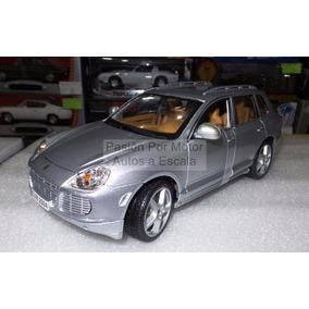 1:18 Porsche Cayenne Turbo 2003 Plata Maisto Special Edition