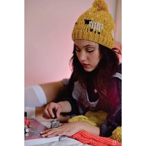 Gorros Beanies De Lana Con Pompon Diseño Independiente Kawai