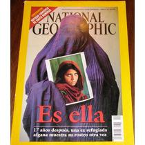 Es Ella National Geographic Español Vol.10 N.04 Abril 2002