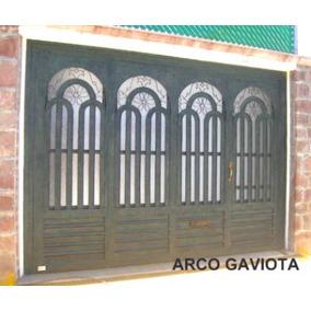 Puerta Arco Gaviota De Herreria Rustica Fina. Metro Cuadrado