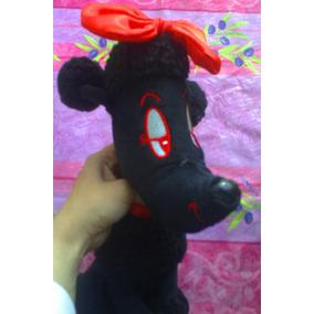 French Poodle Perrita De Peluche Negra Marca Toy Factory