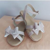 Sandalia Con Lazo Color Beige Para Niña