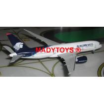 Avión Boeing B787-8 Aeroméxico Marca Dragon Wings A Escala