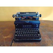 Antigua Maquina De Escribir Royal