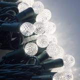 Serie Navideña 100 Luces Leds Esfera G12 Blanco Neutro 10m