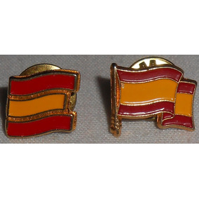 Lote Com 2 Pins Bandeiras Diferentes Da Espanha