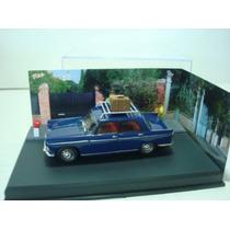 Peugeot 404 Con Diorama Hermoso Modelo 1/43 Novedad