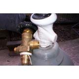 Valvulas Para Tubos De Gas Carbonico, Oxigeno N2 Nuevas $340