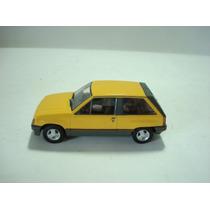 Vauxhall Nova 1/43 - Vanguards! Bellisima Replica Inglesa!