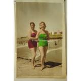 2 Mujeres En Playa Foto Coloreada Mar Del Plata 1957