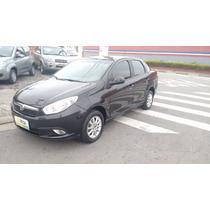 Fiat Grand Siena Attractive 1.4 Flex 2013