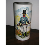 459- Florero Porcelana Dresden Figura De Soldado 26 Cm