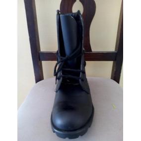 Botas De Cuero Color Negro Solo Talla 37 Y 42