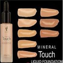 Maquillaje Younique Liquida Touch Mineral