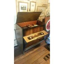 Antiguo Combinado Tocadisco Valvulas Grundig Modelo 7028 We