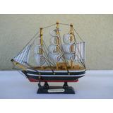 Barco De Madera Tipo Fragata Con Velas De Tela