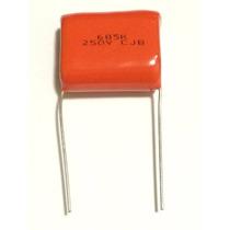 10 Capacitores Poliester Metalizados 6m8 X 250v 6,8uf X 250v