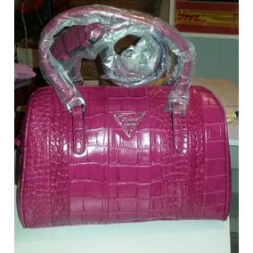 Bolsa Para Dama Guess Color Fiusha De 2,500 A Solo 1700!!!