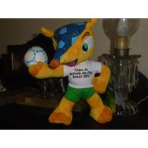 Boneco Pelúcia Fuleco Mascote Da Copa Do Mundo 22cm