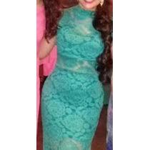 Vestido Longo De Renda Manga Oriental Paula Fernandes