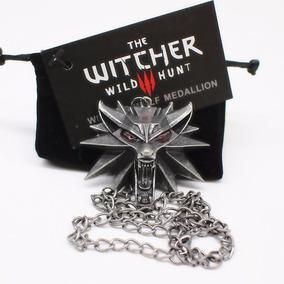 The Witcher Colar Medalhão Do Jogo Lobo Olhos Vermelhos