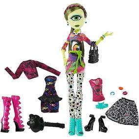 Monster High Iris Clops A La Moda Mattel Ckd73