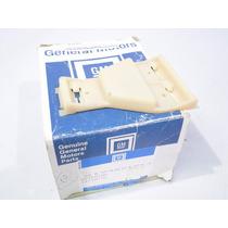 Grampo Fixação Friso Lateral Chevette 87/ Kadett Sle Gls /95