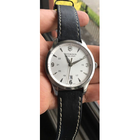 Reloj Victorinox Swiss Army Modelo Alliance Safiro Swiss