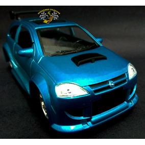Miniatura Corsa Opel Azul Saico 1:32