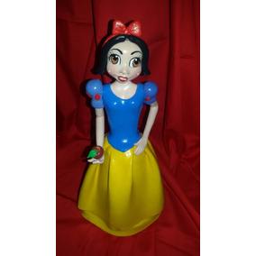 Muñeca .blancanieves.hecha En Masa Flexible. Tope Torta.