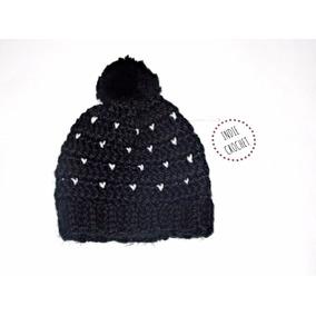 Gorro De Lana Con Pompon Tejido Al Crochet