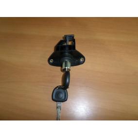 Cilindro Do Porta Malas Gm Corsa Sedan 96/02 Eletrico Com Ch