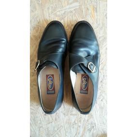 Zapatos De Vestir De Cuero Con Hebilla Regulable.