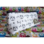 Cartuchera Triangular De Star Wars Colegio Stormtrooper